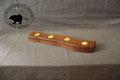 Holz Kerzenständer aus dunklem Nussbaum (Vorderseite)