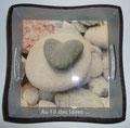 """Vide poche """"Coeur de galets"""" (20 x 20 H4) - Création avril 2010"""