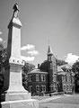Statue confédérée devant Ventress Hall à Ole Miss