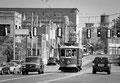 """Tramways à Memphis : """"Là où les tramways amorcent la descente en brinquebalant..."""" Extrait de """"Histoire triste dans Idylle au désert et autres nouvelles"""" de W. Faulkner"""