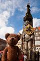 Ich und das Weltkulturerbe Roland in Bremen vor dem Rathaus