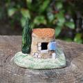 Puits avec toit en tuiles - 7€