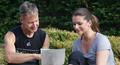 Fitness-Ziel Besprechung mit dem Personaltrainer Berlin und mit  Ernährungsplan, AbnehCoach