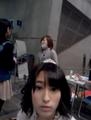 前田美月ちゃんにいきなりカメラ(動画)を向けられてビックリしているひらりー