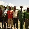 Bewohner und Mitglieder der Shilcho Kooperative