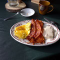 Breakfast auf der Sulphur Creek Ranch