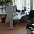 TS10 Sortieraufbau am Sitzarbeitsplatz, nachrüstbar für jeden Arbeitstisch, verschiedene (angepasste) Breiten und Höhen