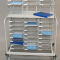 TFG20 Fahrverteiler G mit höhenverstellbarer Ablageplatte, Anzahl und Größe der Sortierkörbe individuell wählbar