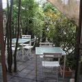 お天気のいい日はお庭でcafe