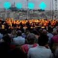 Праздник музыки. Сцена в Марселе.