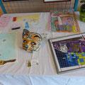 Masque et peintures réalisées par les enfants et ADO