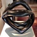 ohne Titel II - 2002 - Bronze - 42x45x44 cm