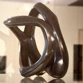 ohne Titel IIa - 2020 - Bronze - schwarz patiniert - 28 (h) x 20 (b) x 28 (t) cm   -   Ansicht 2