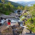 Finding safe steps on the slippery rocks