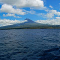 Sailing along Pico