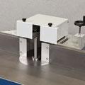 Fräsanschlag Typ 215: Gesamtanschlagverstellung über Handrad, mit Gussanschlagplatten