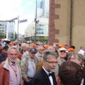 Unsere Männer im Frankfurter Gedränge
