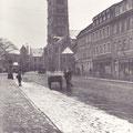 Die Schultesstraße mit der Hl. Geist-Kirche