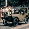 Oldtimer-Korso im Juni 1960