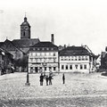 Der Marktplatz mit Blick auf St. Johannis