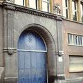 1990 - Das Tor befindet sich jetzt im Kreisverkehr an der Amsterdamstraße im Maintal