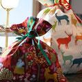 mit Geschenk befüllen - zubinden - fertig!!