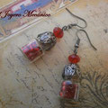 PC152 Pendientes rojo botellita con fornituras color plomo