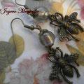 PA028 abeja en bronce oscuro y cuenta de cristal lampwork gris