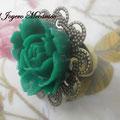 A005 Anillo filigrana bronce con flor verde