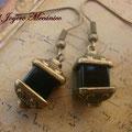 PC140 bronce y cuentas cúbicas negras