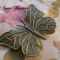 BR004 Broche mariposa. Dimensiones 6 x 4 cm