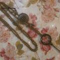 C011 Collar largo con llave, cuenta redonda y pájaros. Largo cadena 80 cm (pendientes a juego disponibles)