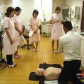 診療室は職員の勉強会にも使います。