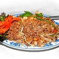 Khao Pat Kimau - scharf gebratener Reis mit Hühnerfleisch und Gemüse. Thailändische Spezialiät.
