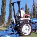 Ford Shibaura 1310 Traktor mit Mulcher (Quelle: CNH)