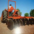 Kubota L305 Traktor (Quelle: Kubota)