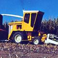 Hesston 7600 FieldQueen