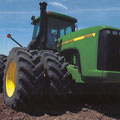 John Deere 9300 Knicklenker Traktor (Quelle: John Deere)