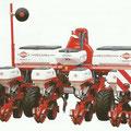 Kuhn Maxima Einzelkorn-Sämaschine mit Dünger- und Insektizid Aufbau(Quelle: Hersteller)