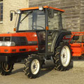 Kubota GL200 Allradtraktor mit Kabine (Quelle: Hersteller)