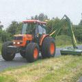 Kubota ME9000 Allradtraktor mit Kabine (Quelle: Kubota)
