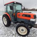 Kubota KL50 Traktor (Quelle: Facebook)