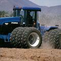 Ford Versatile 9880 Knicklenker (Quelle: CNH)