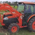 Kubota L5740 Kompakttraktor mit Allrad und Frontlader (Quelle: Kubota)