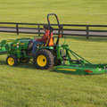 John Deere 2320 Traktor (Quelle: John Deere)