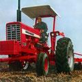 IHC Farmall 826 Traktor (Quelle: Hersteller)