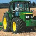 John Deere 6310 Allradtraktor (Quelle: John Deere)