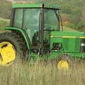 John Deere 6310 2-WD Traktor (Quelle: John Deere)