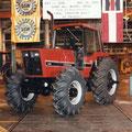 IHC 5488 Traktor mit Kabine (Quelle: Hersteller)