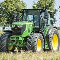 John Deere 6115RC Allradtraktor (Quelle: John Deere)